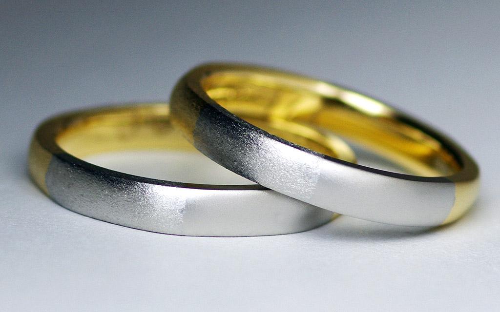 人気の自分で作る結婚指輪(セルフメイド)ゴールドとプラチナのコンビデザイン