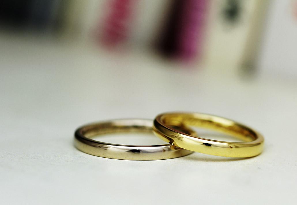 人気ナンバーワンの18金ブラウンゴールドとK18イエローゴールドのペアの結婚指輪