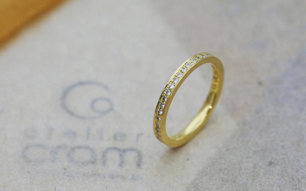 イエローゴールドのエタニティリング(エンゲージリング・結婚指輪)
