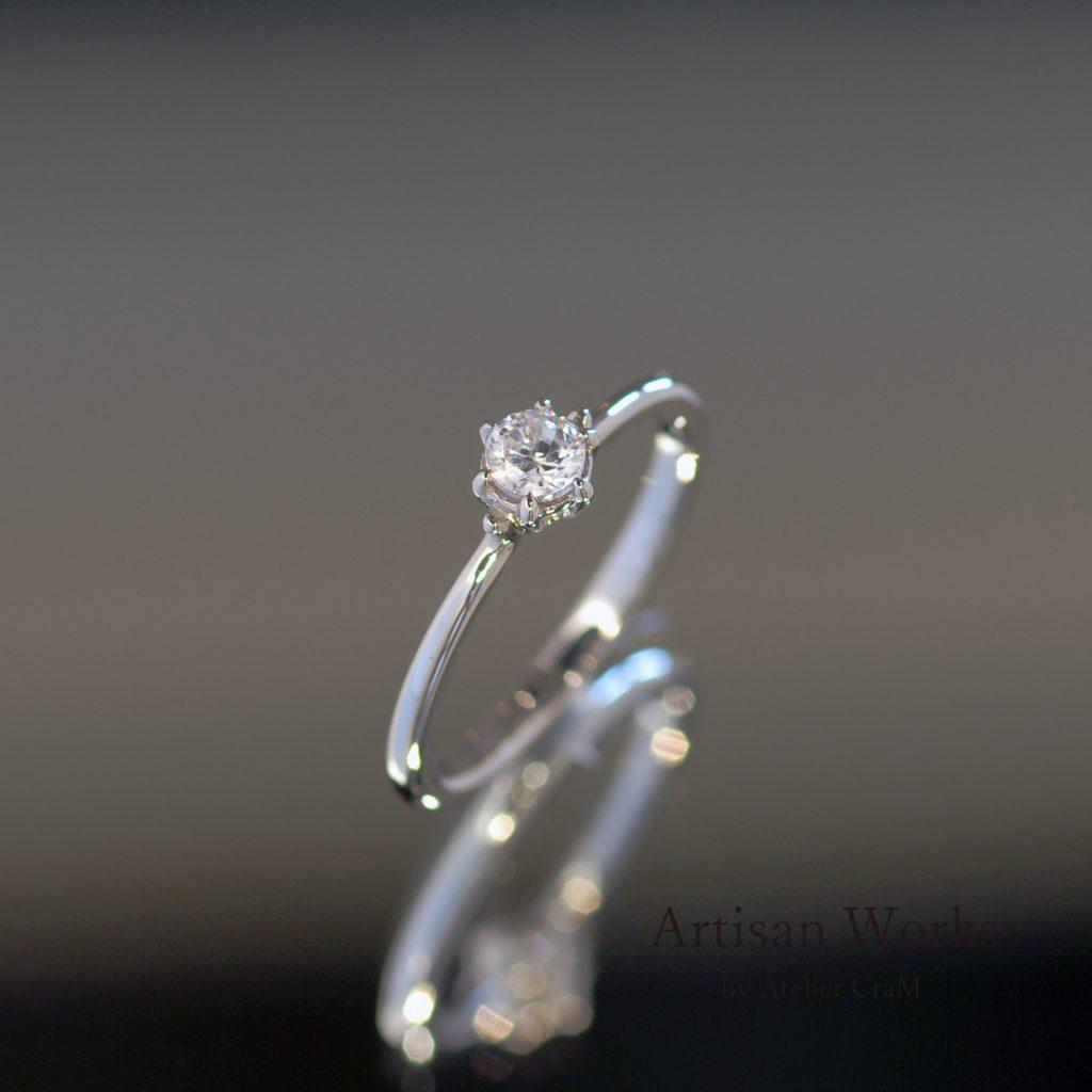極細な婚約指輪