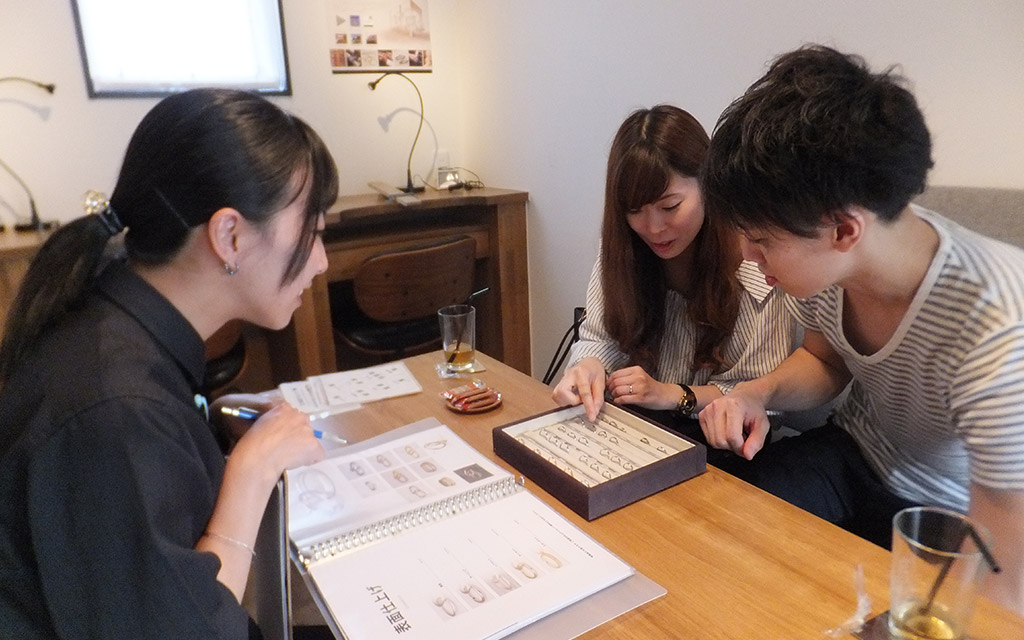 フルオーダーメイドで結婚指輪を考える新潟市東区在住のご夫婦
