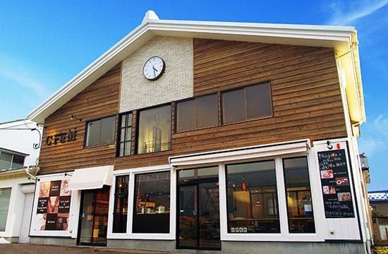新潟県新潟市女池にあるオーダーメイドジュエリー工房アトリエクラム新潟店の外観