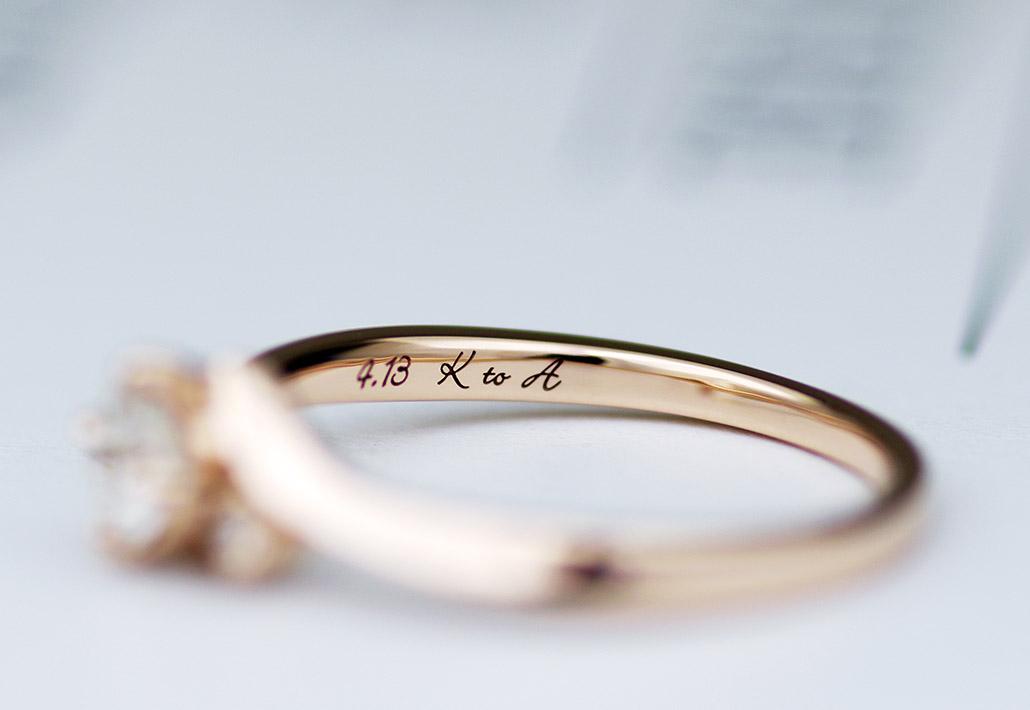 プロポーズのためにオーダーされたピンクゴールドの婚約指輪(プロポーズリング)