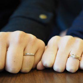 アトリエクラム長岡店で婚約指輪(エンゲージリング)と結婚指輪(マリッジリング)をオーダーメイドされた長岡市在住のご夫婦