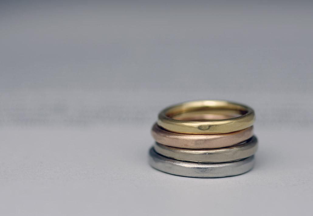 自然な貴金属地金の美しい色味が楽しめるセミオーダーブランドの新作マリッジリング