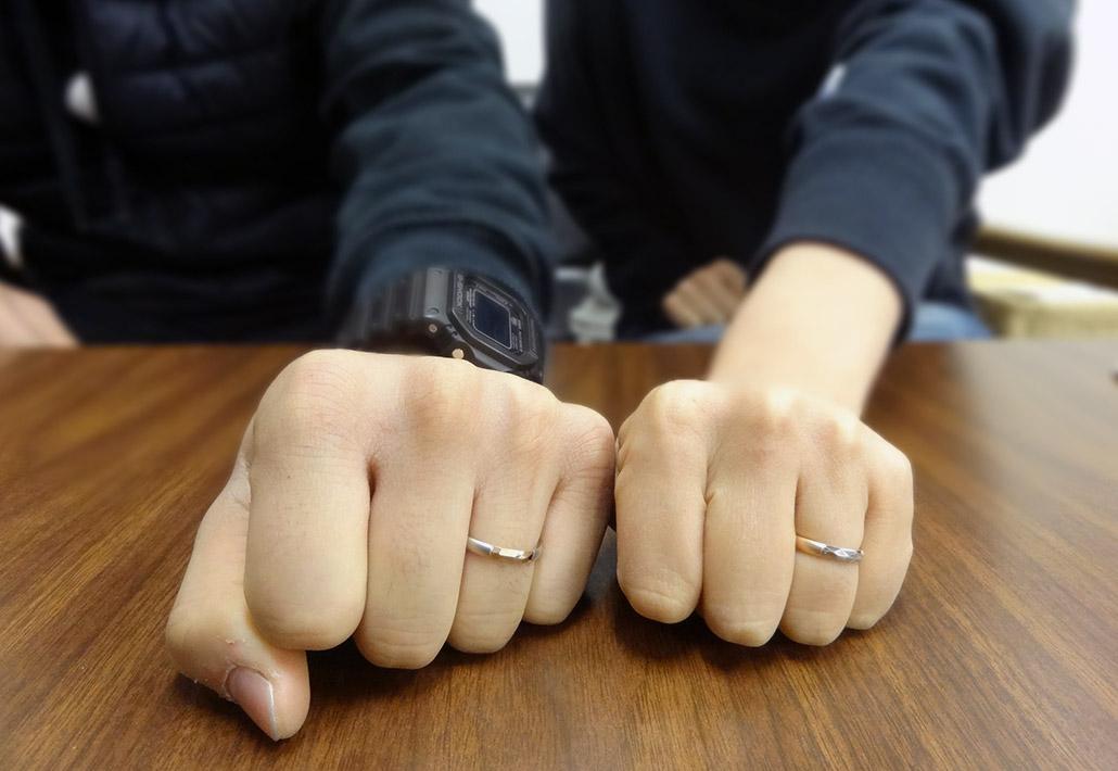 自分の指に合う幅の結婚指輪