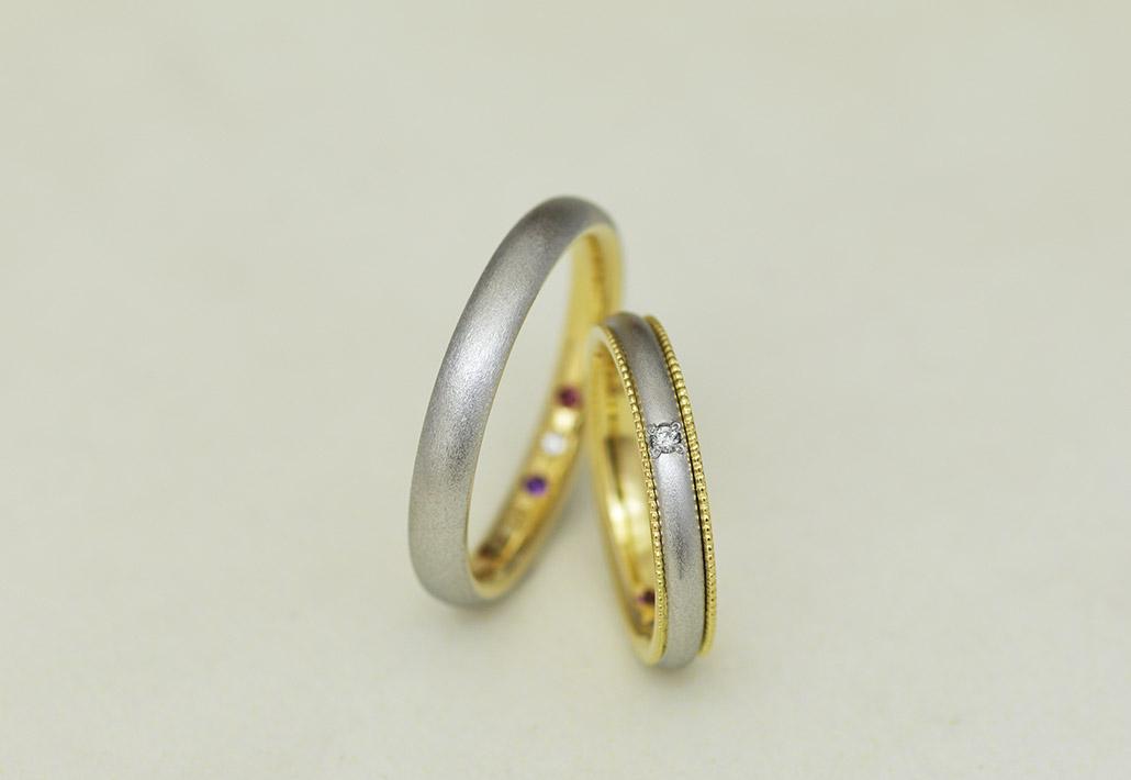 人気のコンビネーションデザインでつや消し(マット加工)のアンティーク風結婚指輪