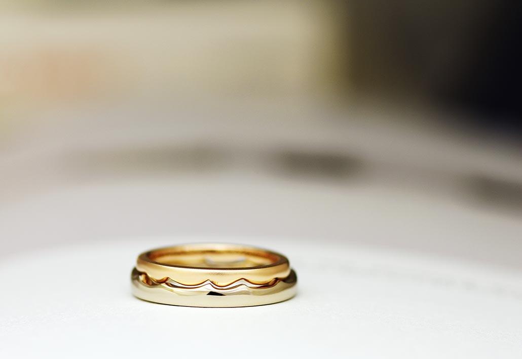 K18ピンクゴールドと18金ブラウンゴールドのペアの結婚指輪(マリッジリング)