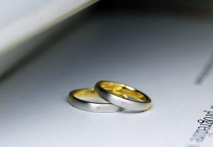 お洒落なコンビ加工が似合う結婚指輪