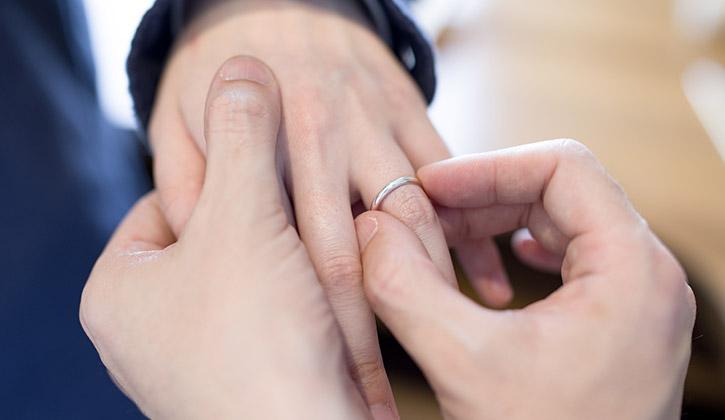 結婚指輪の試着