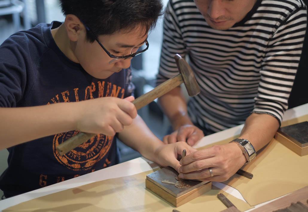 新潟県三条市の諏訪田製作所で行われたワークショップ