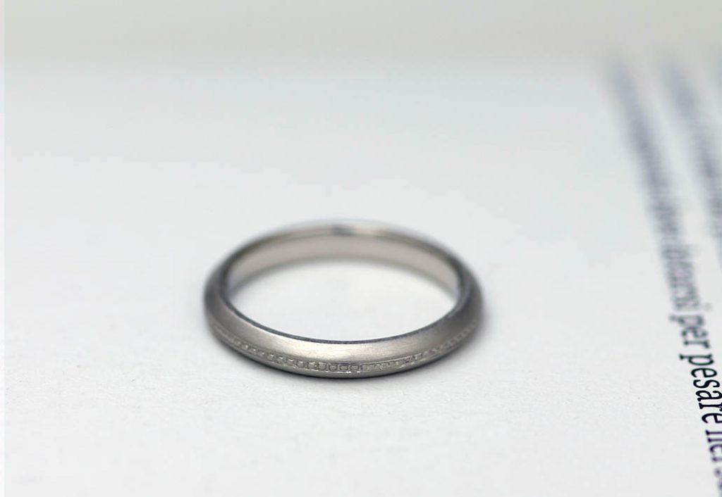 小さい結婚指輪