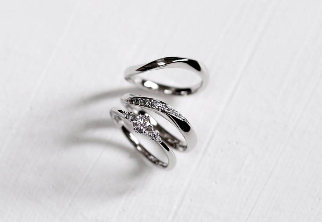 婚約指輪と結婚指輪のセットリング