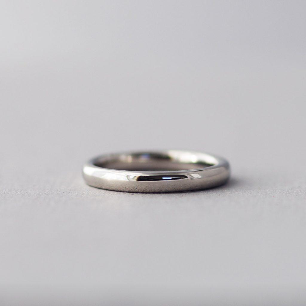 シンプルで人気の結婚指輪(マリッジリング)