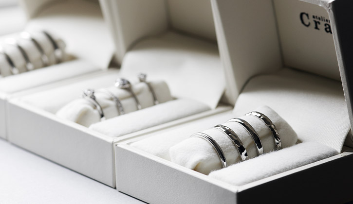 自宅で選べる結婚指輪