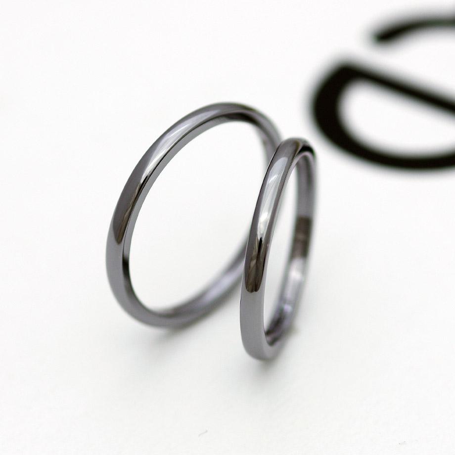 サイズ直しが出来るタンタルの結婚指輪