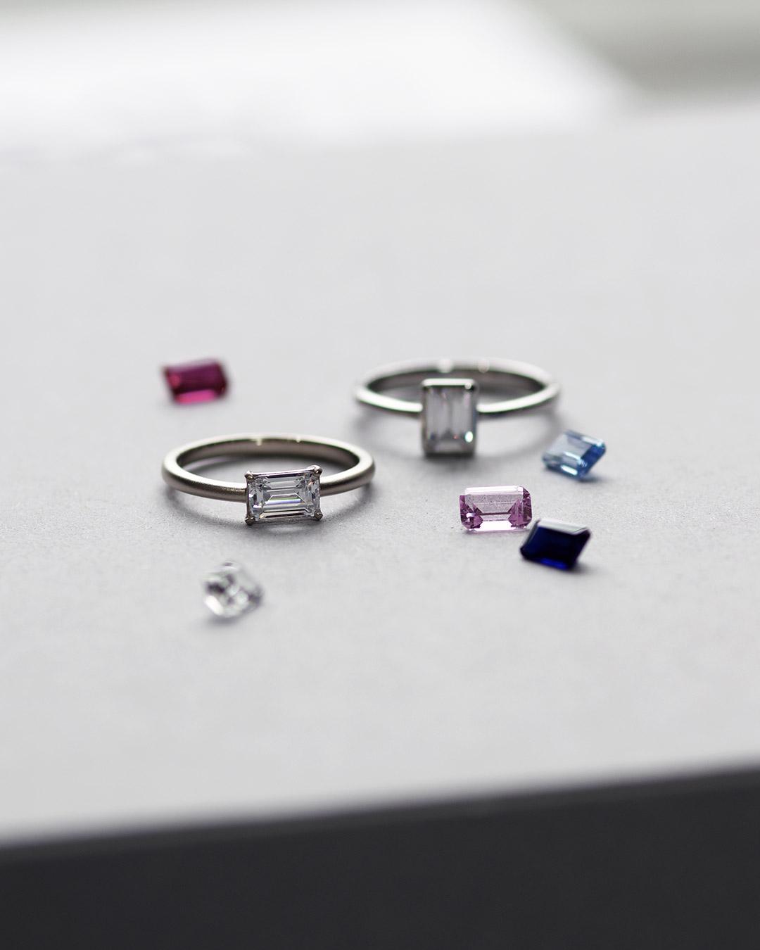 バゲットカットダイヤモンドの婚約指輪