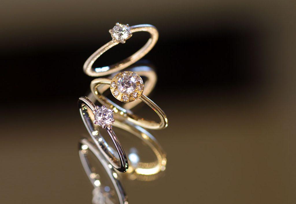 カスタムオーダーメイドの婚約指輪(エンゲージリング)