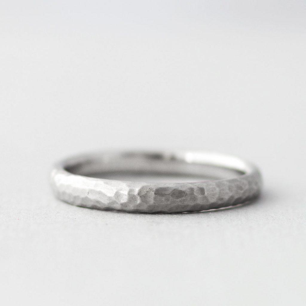 シンプルな結婚指輪(マリッジリング)