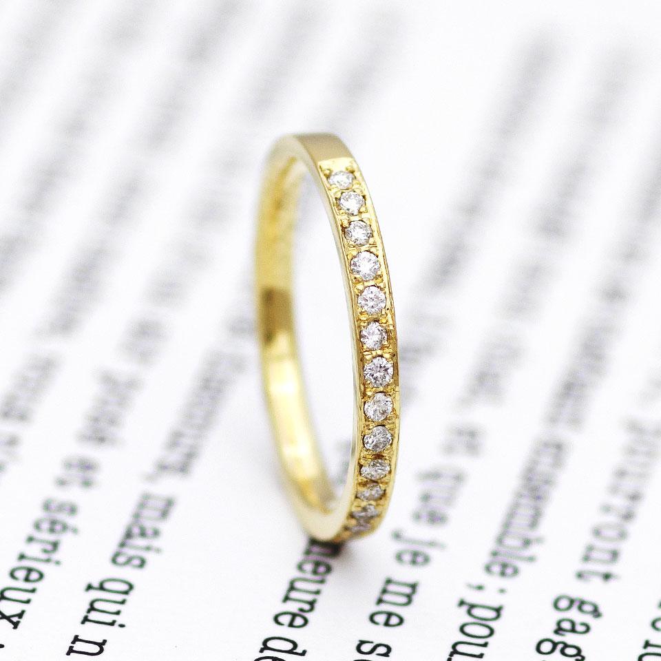 イエローゴールドのエタニティリング(婚約指輪・エンゲージリング)