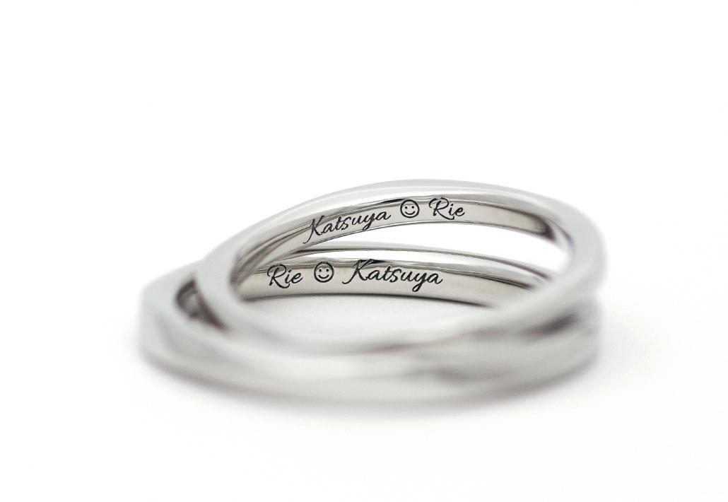 プラチナの結婚指輪(マリッジリング)の内側