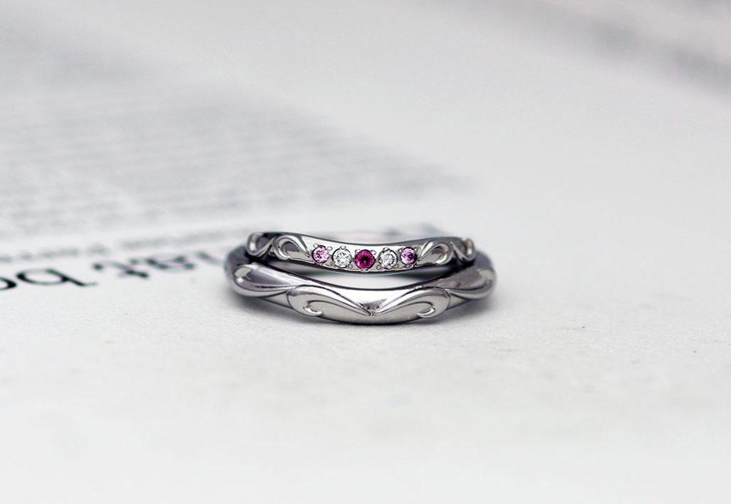 サージカルステンレスの結婚指輪/裏面刻印