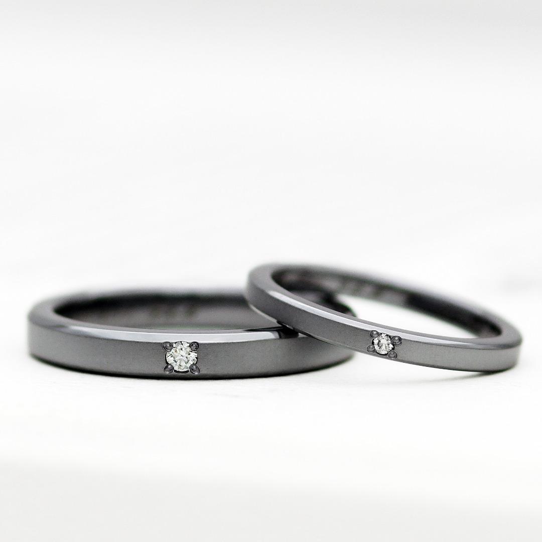 タンタルの結婚指輪 参考価格:¥305,800(2本)