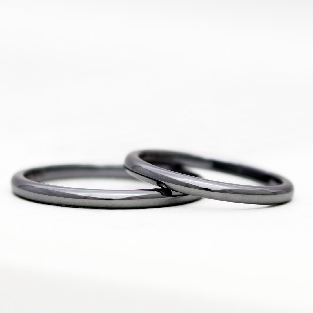 タンタルの結婚指輪 参考価格:¥198,000(2本)