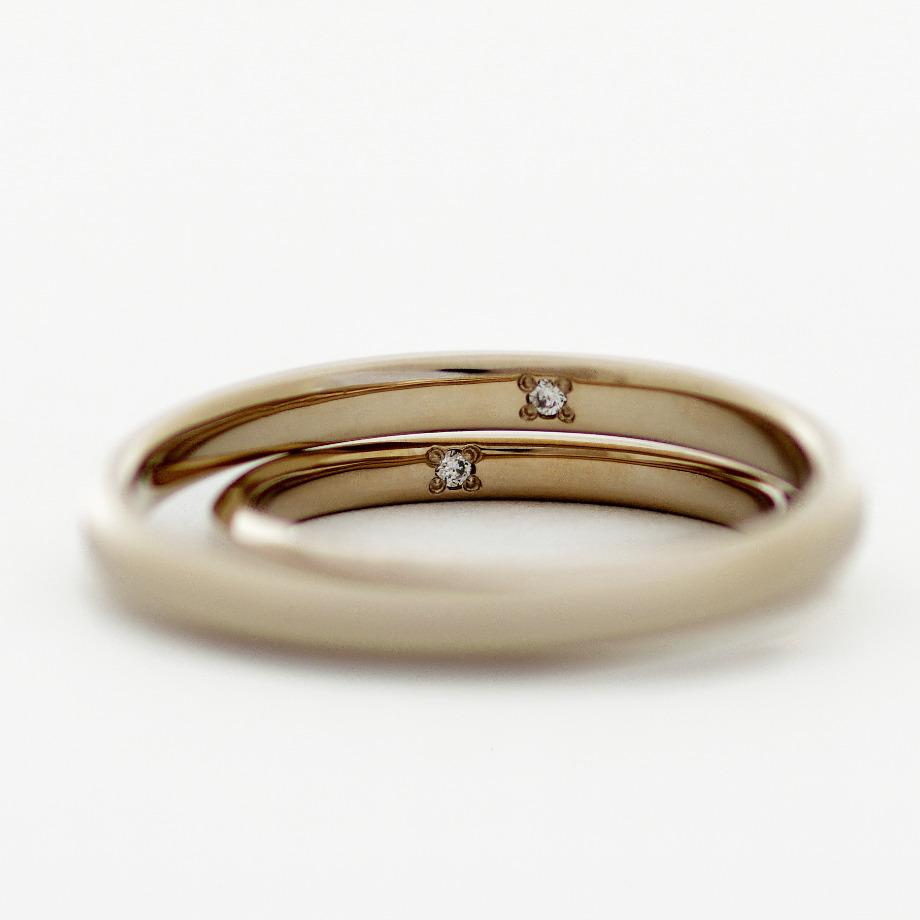 デスティニーダイヤモンド:20,900円(2本分)【30億年以上かけて生成された1つのダイヤモンド原石。その原石から二つのダイヤモンドを取り出し、1組のダイヤモンドとしてお届けする特別なダイヤモンドです。2石で1セットの為、指輪2本分にセットした価格の掲載となっております】